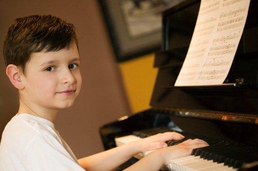 13-11-05 Klavier.jpg