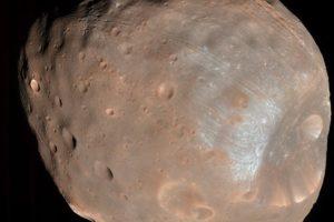 15-11-23 Phobos.jpg