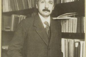 15-11-24 Bild1-Einstein1916.jpg
