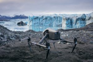 Drohne am Gletscher