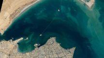 Kuweit-Bucht mit der Sheikh Jaber Al-Ahmad Al-Sabah Causeway