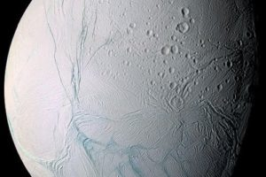 enceladus04.jpg