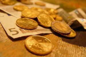 geld_tobias_baur.jpg